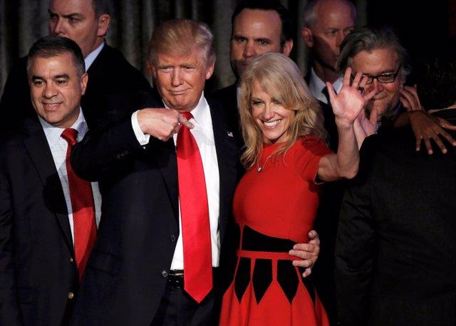 Donald Trump y su jefa de campaña, Kellyanne Conway