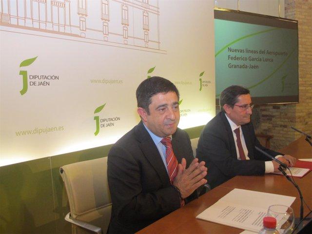 Presentación de las nuevas líneas del aeropuerto García Lorca a empresarios