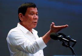 """Duterte asegura que Filipinas honrará sus acuerdos militares con sus """"amigos"""" estadounidenses"""