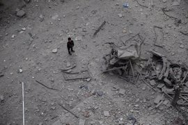 Once muertos, entre ellos cuatro niños, en bombardeos en zonas rebeldes cerca de Damasco