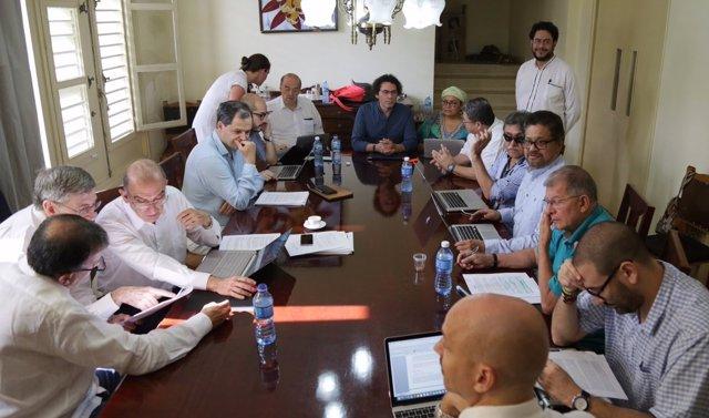 Reunión entre las delegaciones de paz de Gobierno y FARC