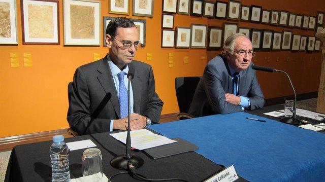 Jaime Caruana y Amado Franco, en el Patio de la Infanta de Ibercaja