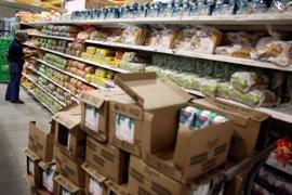 El Gobierno de Venezuela llena las tiendas de productos navideños en plena crisis de abastecimiento