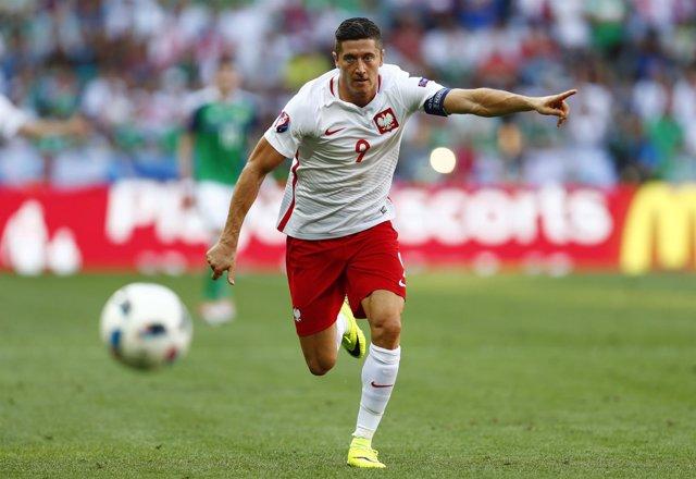 Robert Lewandowski con Polonia en la Eurocopa