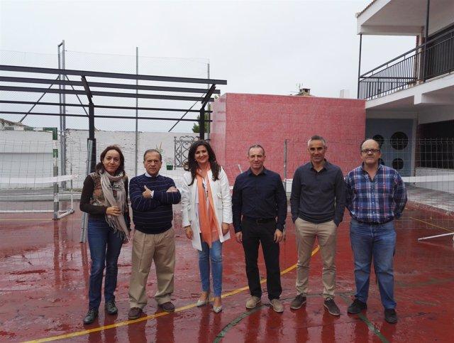 Visita de la delegada de Educación en Jaén a un colegio de Lupión