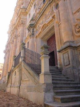 Escalera noble de la UPSA