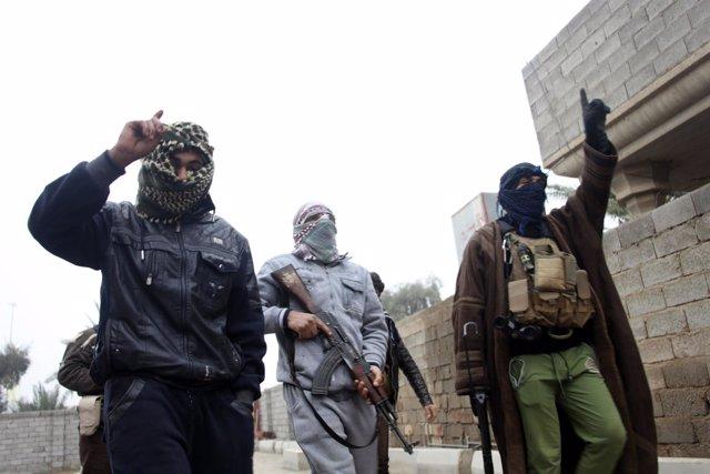 Milicianos del Estado Islámico en Irak