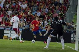 Aduriz se convierte en el goleador más veterano de la selección española
