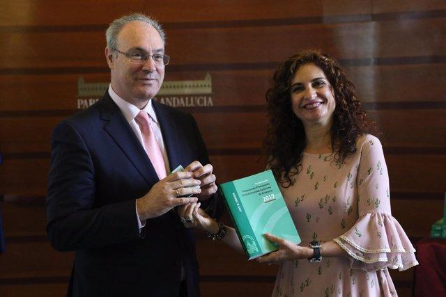 Juan Pablo Durán y María Jesús Montero, con el presupuesto de 2017
