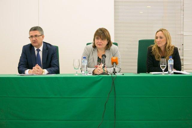 Martínez, Argota y Ufano en rueda de prensa.