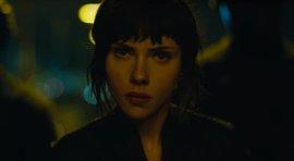 Scarlett Johansson, una máquina de matar en el brutal tráiler de Ghost in the Shell