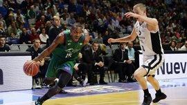 Unicaja se impone a RETAbet Bilbao Basket y Tecnyconta Zaragoza a Montakit Fuenlabrada