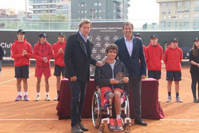 Dani Caverzaschi, campeón del Master Nacional de tenis en silla de ruedas