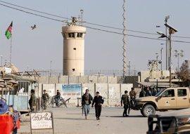 El atentado en Bagram habría sido obra de un antiguo talibán que trabajaba en la base
