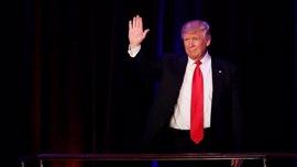 Trump pide a sus seguidores que no acosen a las minorías en EEUU