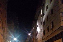 Un muerto y 13 heridos tras un incendio y posterior explosión en una vivienda en Cáceres