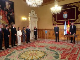 Los conselleiros de la Xunta prometen o juran su cargo ante Feijóo
