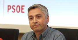 Un miembro de la Gestora del PSOE critica que no se ha consensuado la postura sobre el PSC