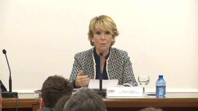 Aguirre durante la conferencia