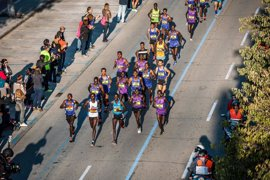 Los podólogos dan claves para preparar los pies de los corredores ante el maratón