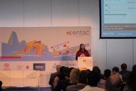 """Tenenos que hacer tecnología integrada para todos"", señala Chema Alonso (Telefónica)"