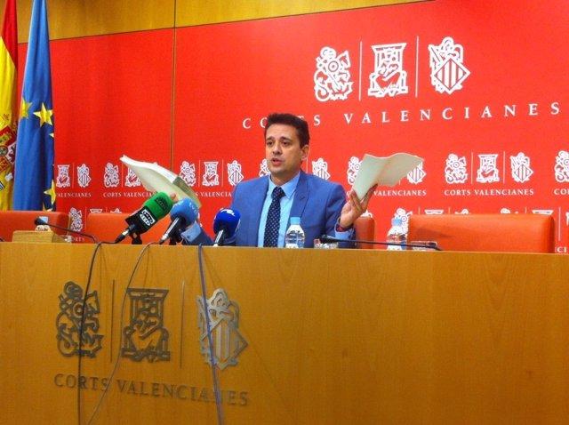 José Juan Zaplana en rueda de prensa