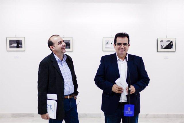 El diputado de Cultura y Enrique Iznaola han sido los primeros en ver la muestra