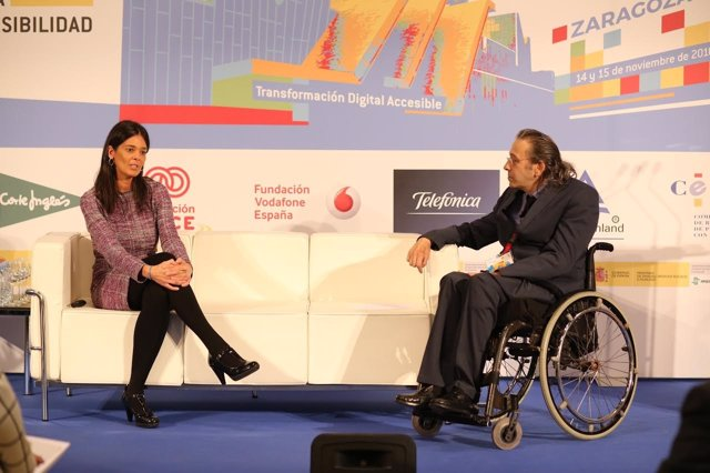 Conferencia de Silvia Leal