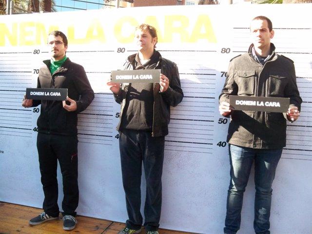 Tres huelguistas se entregan ante Interior