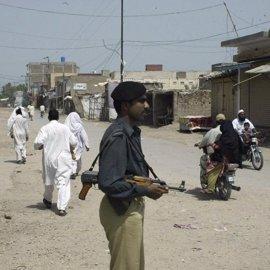 Cinco detenidos por torturar a una transexual en el este de Pakistán