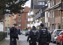 Registros en 190 viviendas y mezquitas en una operación contra grupo vinculado a Estado Islámico