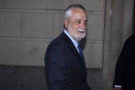 El juez del caso ERE rechaza dar 45 días a Griñán para presentar su escrito de defensa