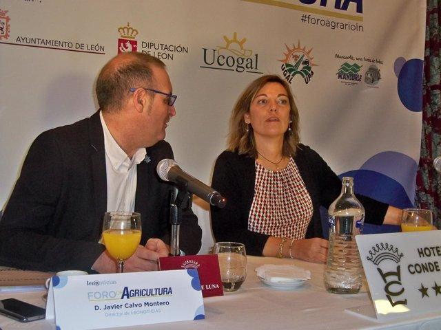 Director de redacción de Leonoticias, Javier Calvo, y la consejera de Agricultur