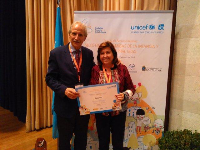Entrega del diploma en Santander