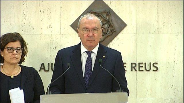 El alcalde de Reus, Carles Pellicer, y la concejal Montserrat Viella