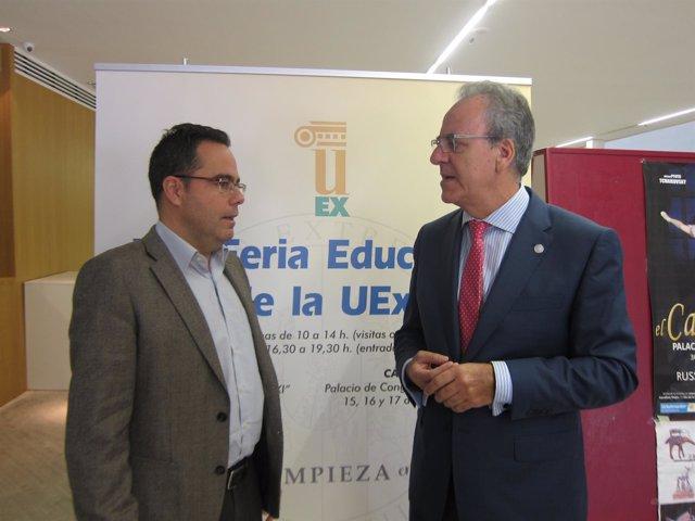 El rector de la UEx y el director general de Universidad de la Junta