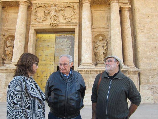 Joan Busquets, en el centro, en San Miguel de los Reyes