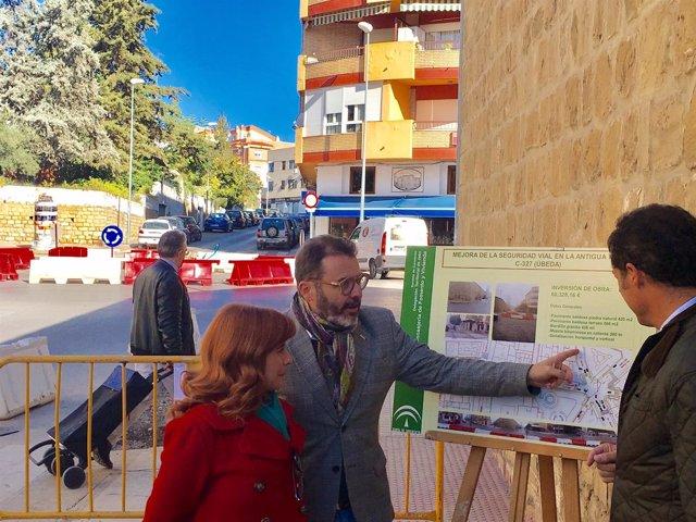 Visita obras mejora de seguridad vial en Úbeda