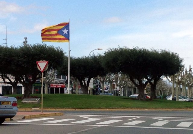 Estelada en un municipio catalán.