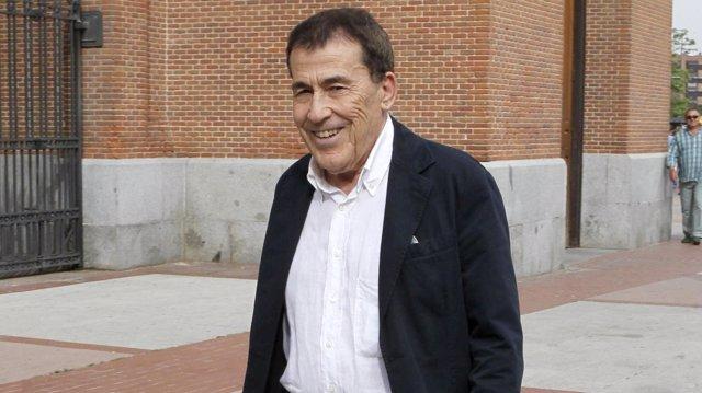Fernando Sánchez Dragó.