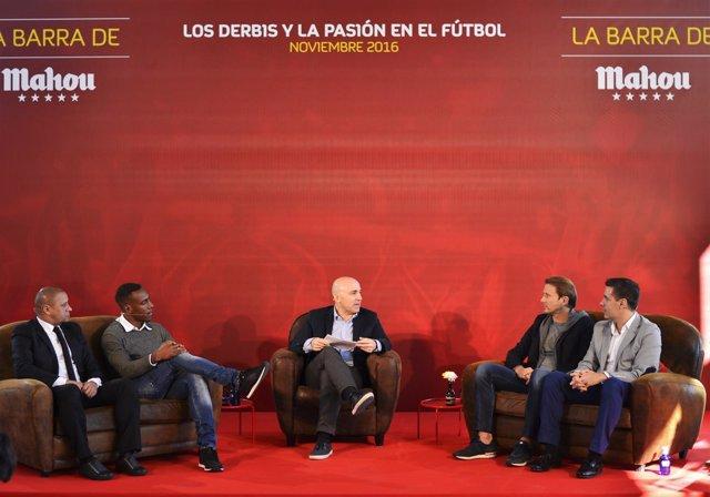 Perea, Roberto Carlos y Mendieta en el foro La Barra de Mahour