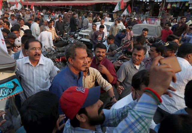 El alcalde de Karachi, Waseem Ajtar