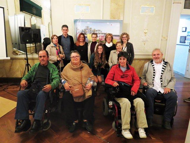 Marcel Barrena ha mantenido un encuentro con asociaciones de discapacidad.