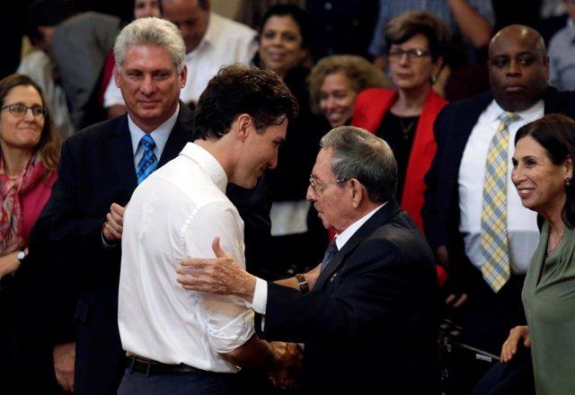 Justin Trudeau y Raúl Castro
