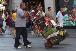 Los afiliados extranjeros bajan hasta los 12.682 en octubre en Asturias