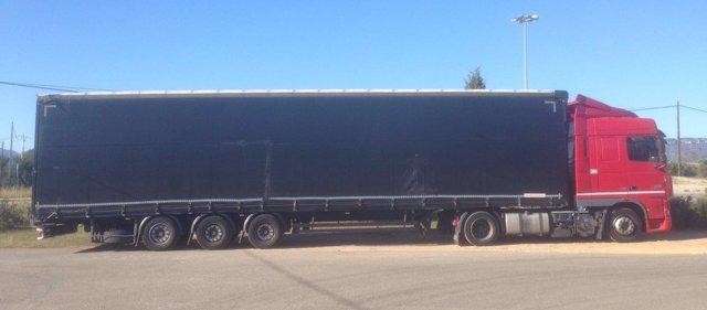 Detienen a un camionero en Tarragona por superar 11 veces la tasa de alcoholemia