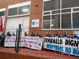 Trabajadores de Segur Ibérica de A Coruña denuncian el impago de salarios a 50 empleados