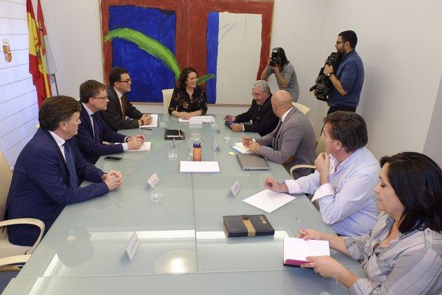 García preside la reunión para preparar Las Edades de Cuéllar