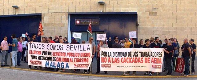 Jornada de huelga de bomberos de Aeropuerto de Sevilla