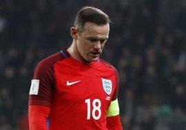 """La Federación Inglesa investiga el incidente con Rooney y pide """"no hacer un drama"""""""
